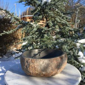 kamenná mísa - pítko pro ptáky