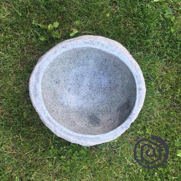 nádoba kamenná - na vodu, ruční práce